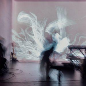 空間と踊る(音楽 Sayaka Ogawa, 映像 Nao wao )